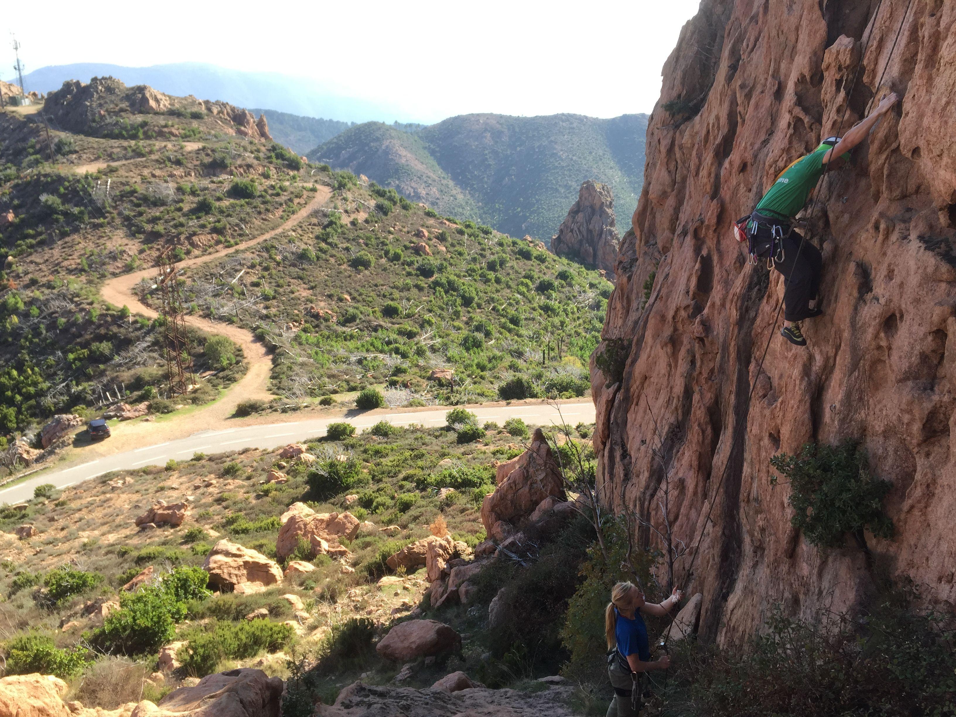 {:en}Climbing{:}{:fr}Escalade{:}